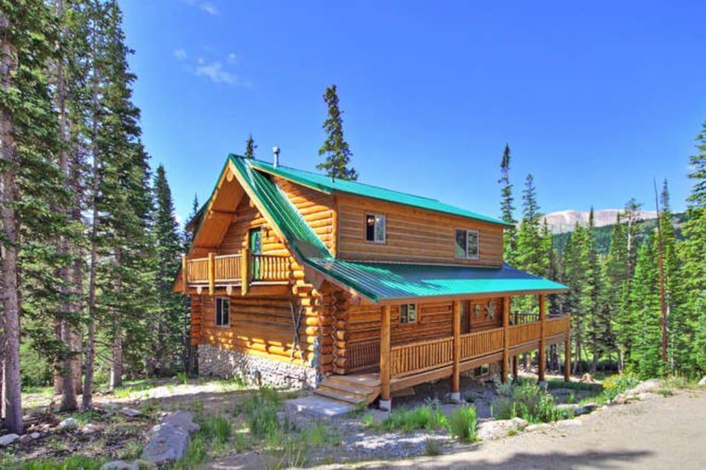 The Lone Star Lodge