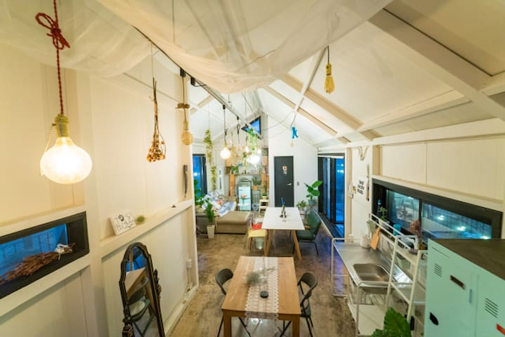 [new/hongdae] Romantic loft house with terrace/BBQ
