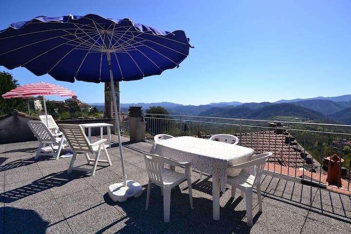 Appartement mit fantastischem Ausblick auf die Cinque Terre