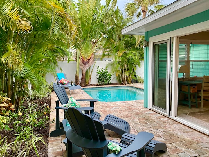 Private Home, Heated Pool, So Close to Beach!