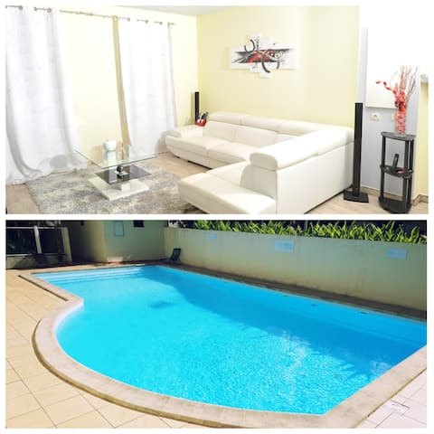 Apartment F3 any comfort with Swimming Pool