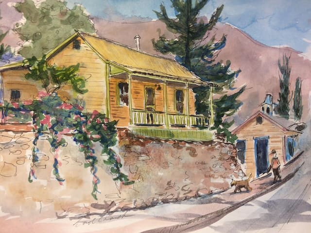 """The Pick"" Guest House Historic Miner Perch"