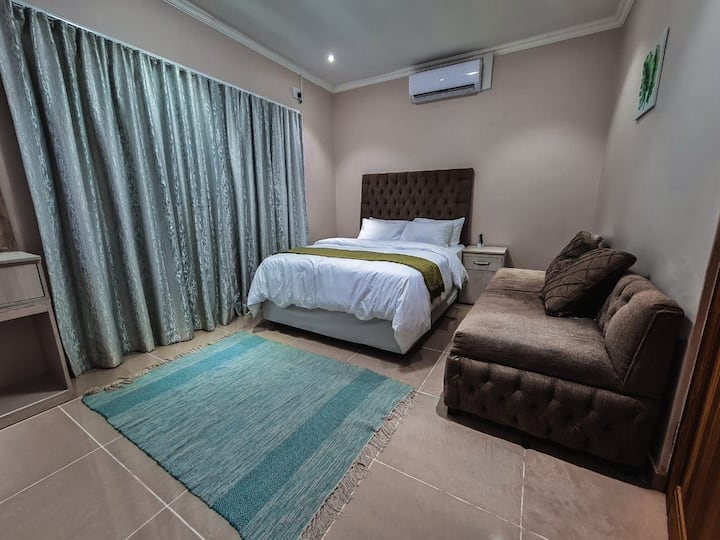 Loadshedding Free Comfy Classic Accommodation