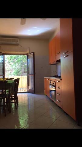 Appartamento con giardino privato - Nicotera Marina  - Apartment