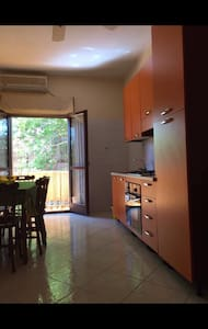 Appartamento con giardino privato - Nicotera Marina  - Departamento