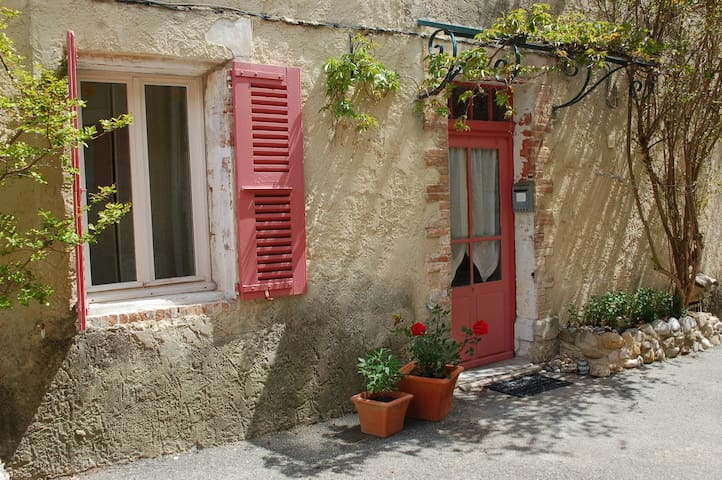 Cozy room, private terrace in Provencal village - Buisson - Haus