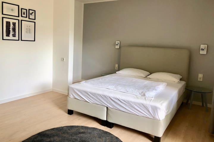 Modernes Apartment in zentraler Lage (CH202)