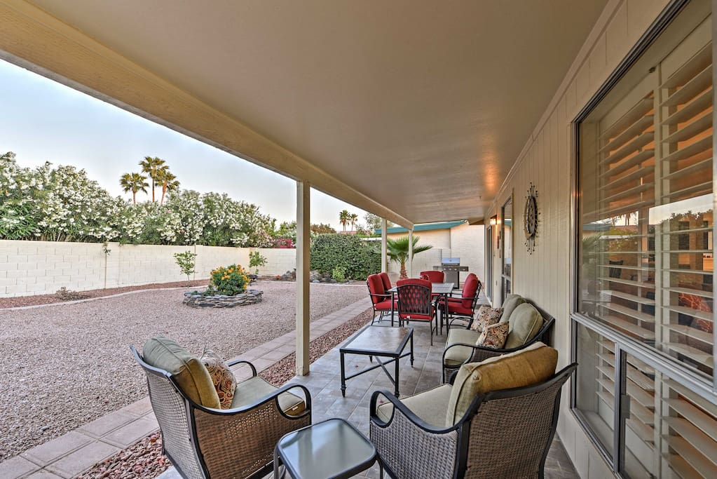 Experience Arizona like never before from this 3-bedroom, 2-bathroom Sun Lakes vacation rental house that comfortably sleeps 6!