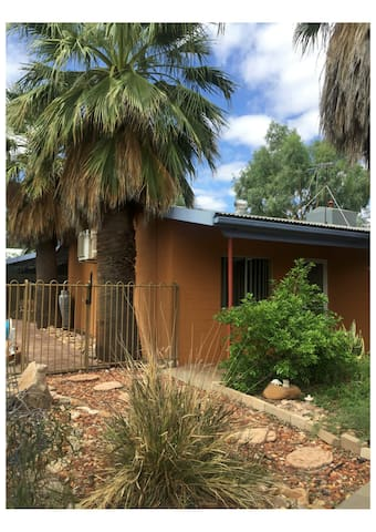 Alice's Cottage - Alice Springs - Maison