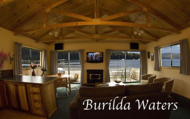 Burilda Waters Waterfront Home - Port Arthur - Hus