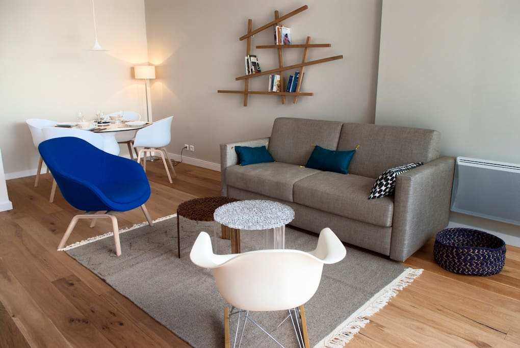 Un espace salon avec son mobilier design et confortable.