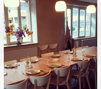 """Chez Camille Maison d'hôte """"Cocon"""" - Bussy-Albieux - Bed & Breakfast"""