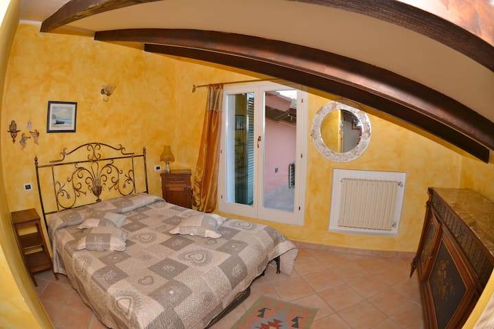 Charming House on 'Flowers Riviera' - San Lorenzo Al Mare - Rumah