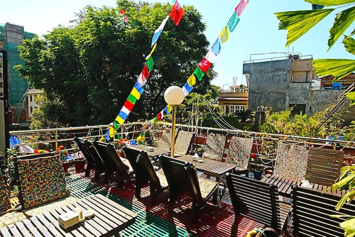 Shangri-la Boutique Thamel Private Room - Katmandou - Bed & Breakfast