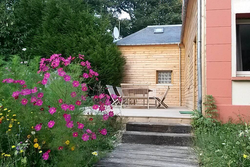 cottage pour 16 pers trouville maisons louer trouville sur mer basse normandie france. Black Bedroom Furniture Sets. Home Design Ideas