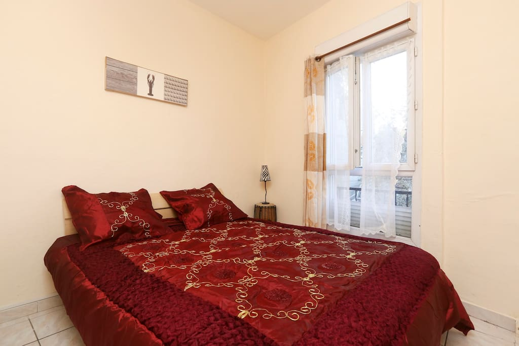 Bel apparthotel aux portes de paris appartements louer for Apparthotel en france