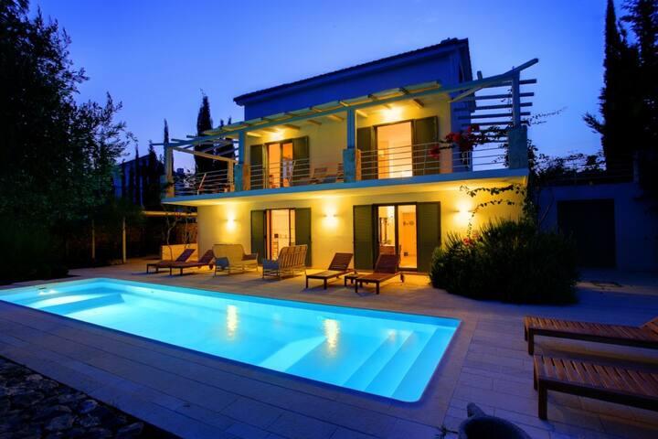 Ideales Resort Villa Telina