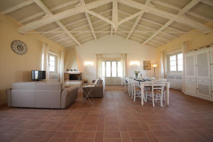 Apartment sea view - Tarquinia - Haus