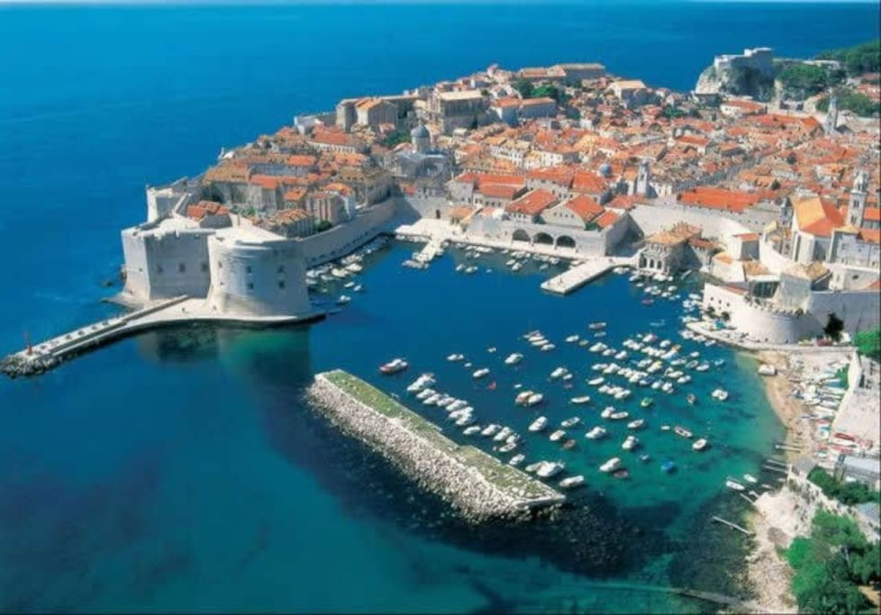 Dubrovnik 70 km distance from apartment
