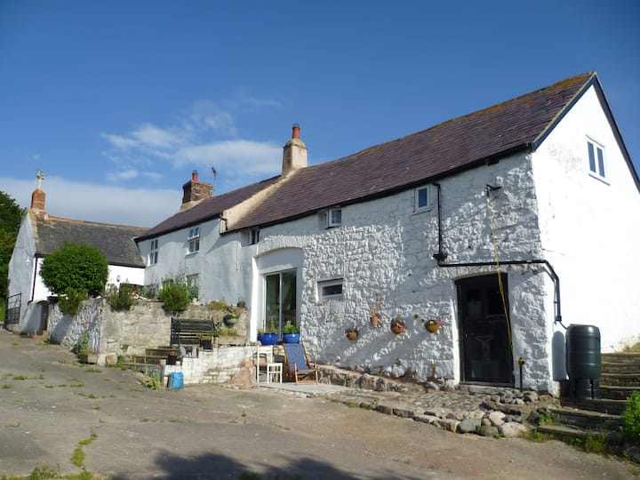 Old Welsh farmhouse peace and quiet