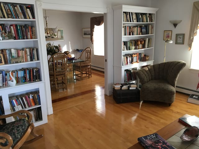 Spectacular 3 bedroom house with water views. - Hull - Hus