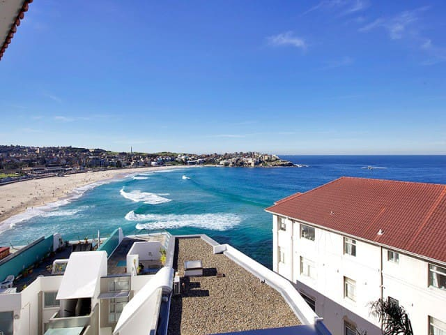 Bondi Beach views, studio + parking