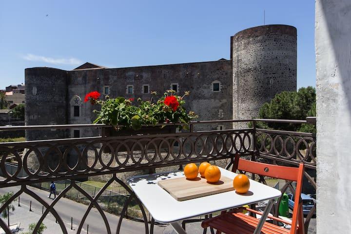 2 Bed&2 Bath Apt in Catania - Catania - Leilighet