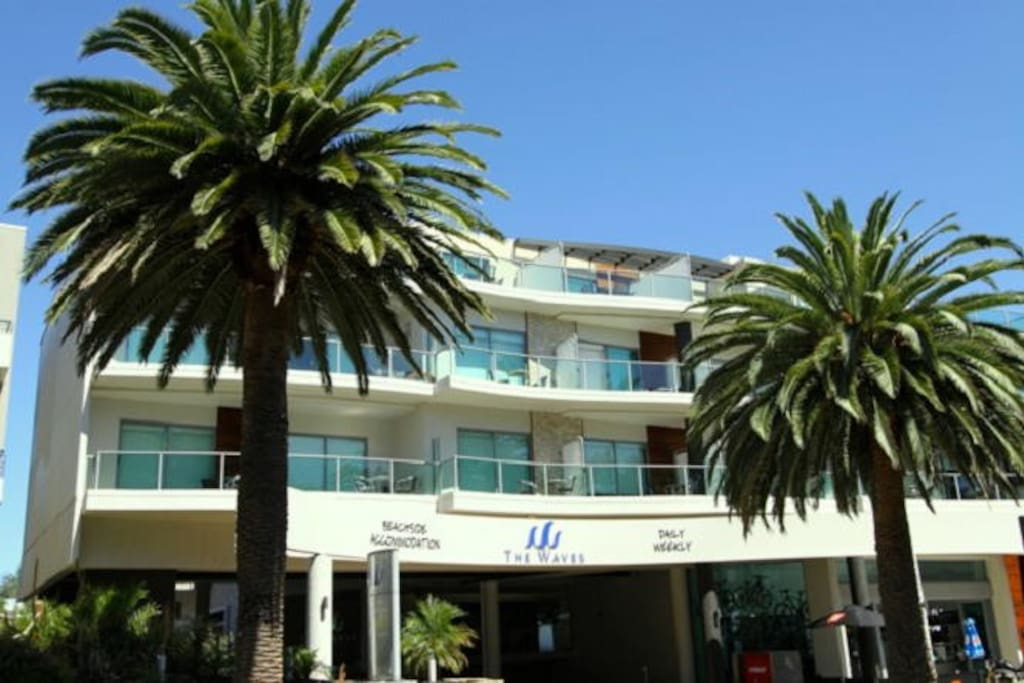 Waterfront Waves Apartments For Rent In Cowes Victoria