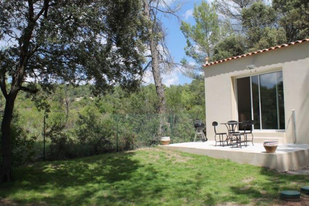 Terrasse et jardin privés