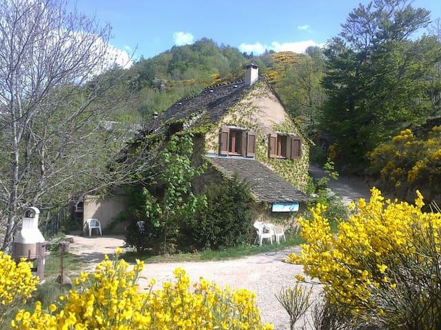 Gîtes du Chastel, Mont Lozère - Le Pont-de-Montvert - Ház