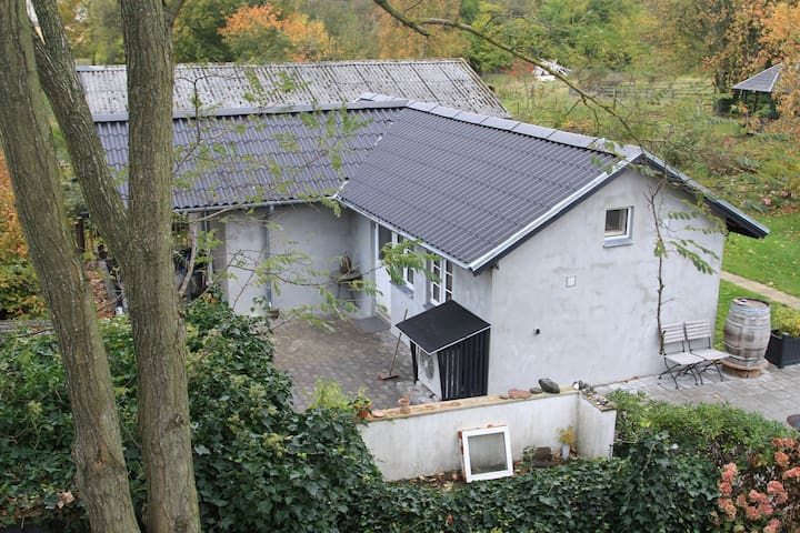 House in Peacefull areas 30 km from CPH Centrum.
