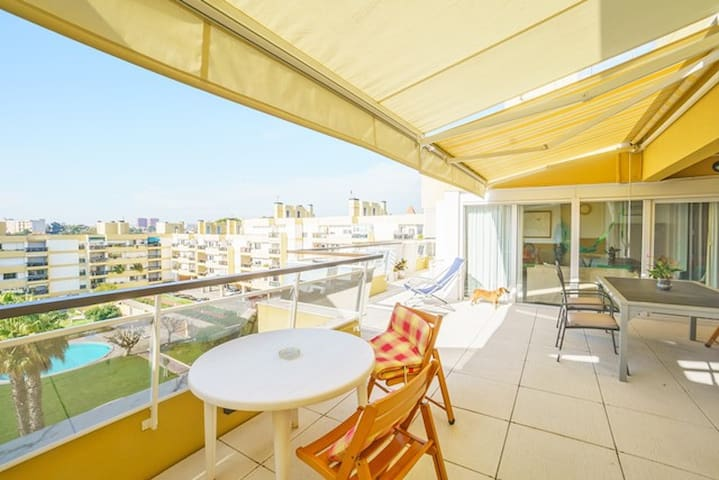 Beach View Apartment on Lisbon Coast (Oeiras) - Oeiras - Apartamento