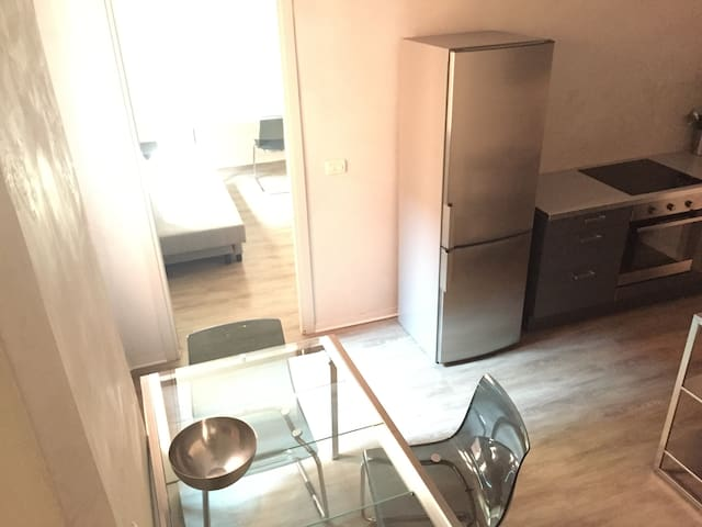 Family Apartment with kitchen in Duomo