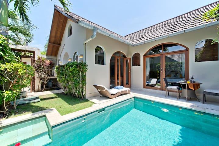 Villa Cahaya-cosy private villa with private Pool. - Kuta
