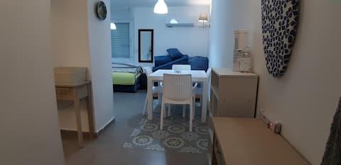 Aya Jerusalem, Privet,Separated,Studio Apartment