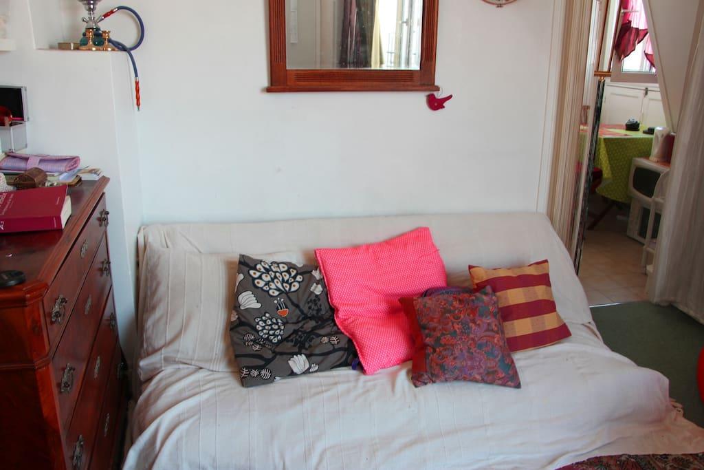 le canapé-lit, très facile à utiliser