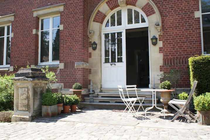 "Chambre D'Hotes ""Les Hortensias""  - Clermont - Bed & Breakfast"