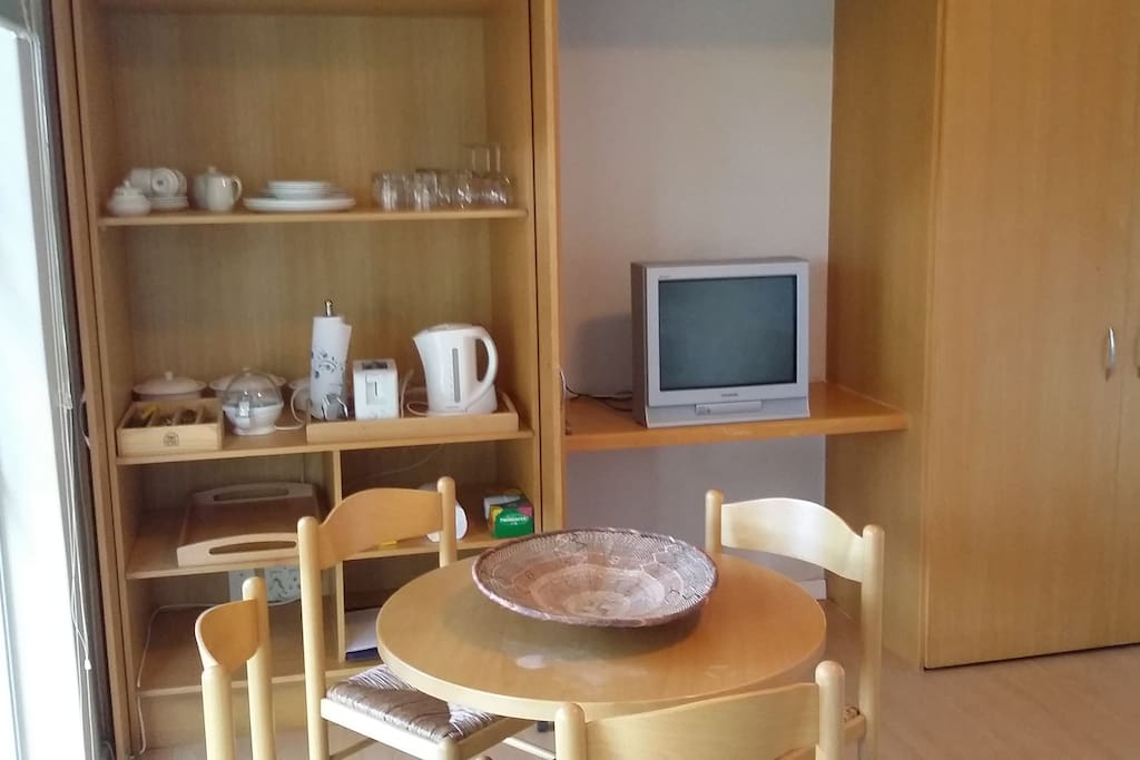 Well Equipped kitchenette with Cosy dinette
