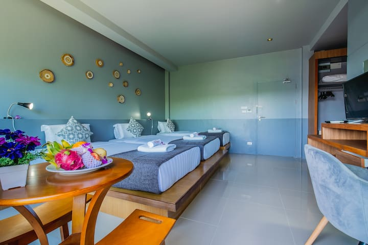 The Rubber Hotel -Family Triple Room
