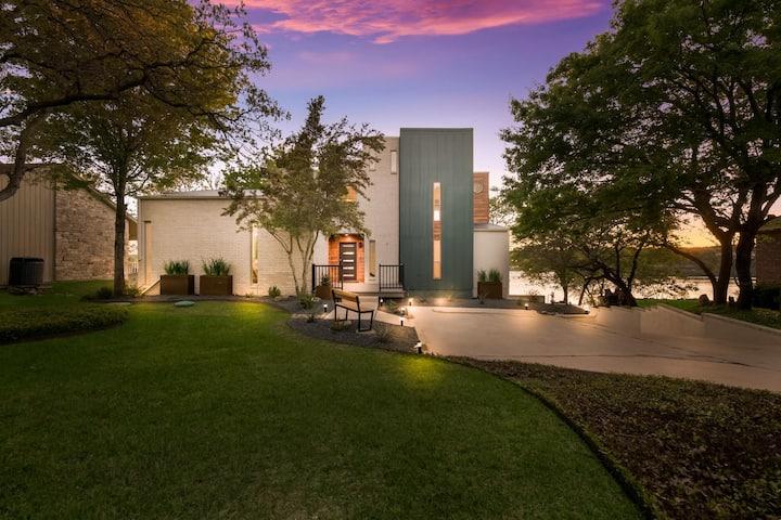 Modern Lake Access Home | The Lux at Lake Belton