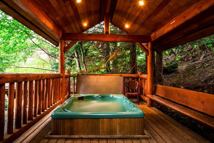 A great covered hot tub