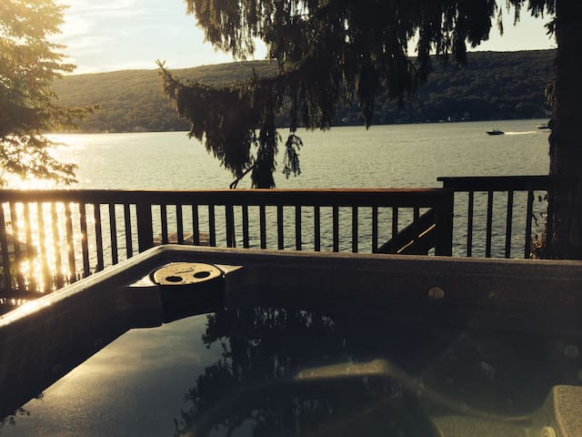 Stunning Lakehouse, 1 Hour fm NYC! - Greenwood Lake - Σπίτι