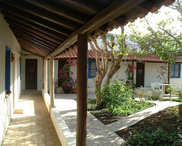 Casa Colina Apartments-Picasso - Burgau - Huoneisto