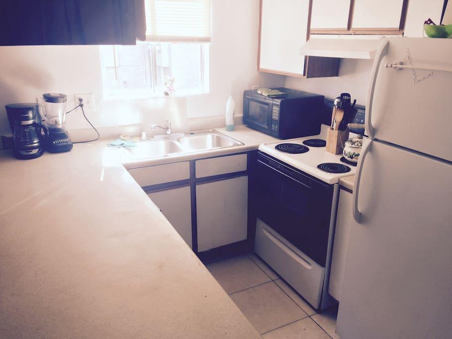 Kitchen w/ instagram filter.