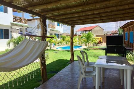 Casa de Playa Punta Sal c/piscina - Punta Sal - บ้าน