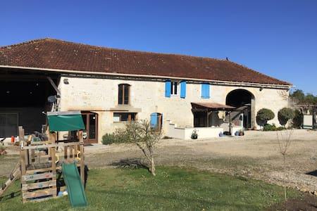 Le Breuil bleu, Vineyards of Charente