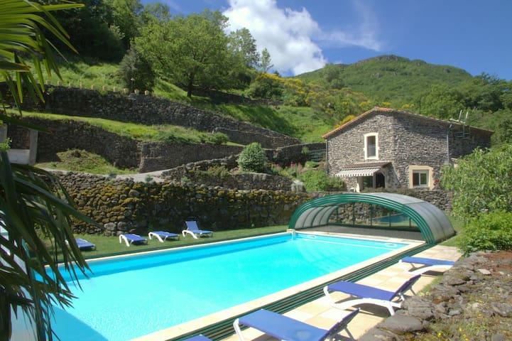 Gîte 2, piscine couverte & chauffée - Rochessauve - Leilighet