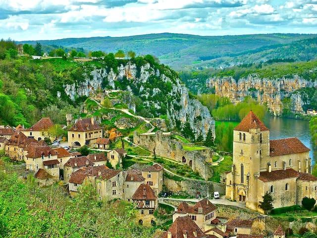 Dream house, Mythic village*  - Saint-Cirq-Lapopie - Huis