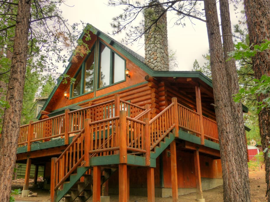 Big bear sinatra 39 s villa cabins for rent in big bear for Big bear cabins california