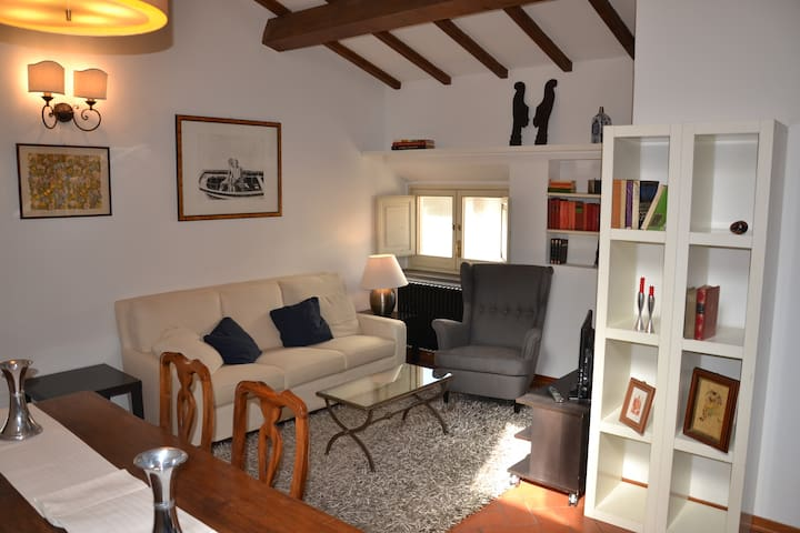 Il Magnifico Apartment with private parking